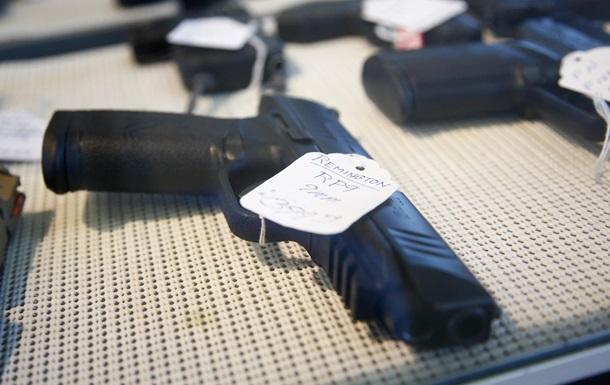 Большинство украинцев против легализации оружия – опрос