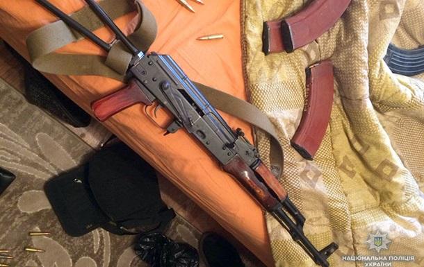 В Хмельницкой области задержаны подпольные торговцы оружием
