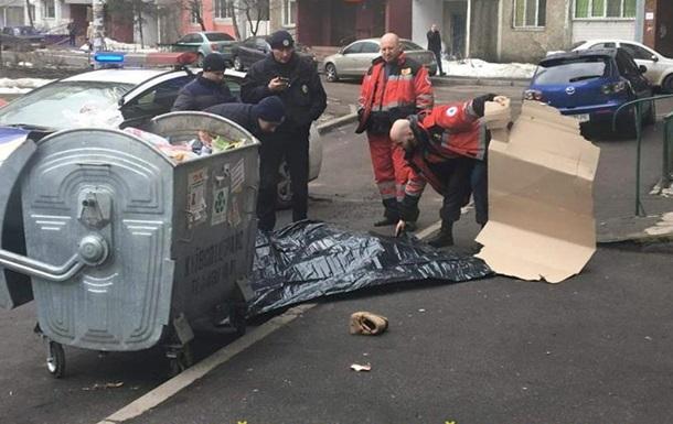 У Києві жінка-донор викинулася з 16 поверху