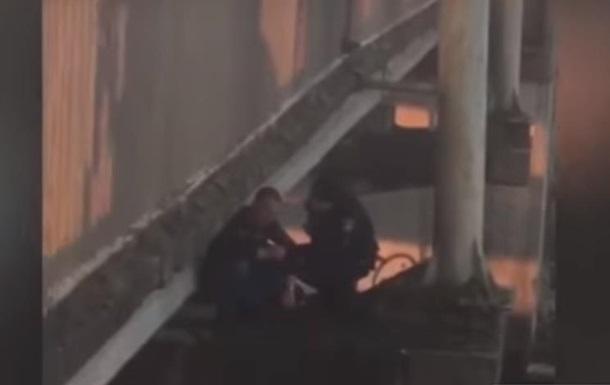 В Хмельницком спасли мужчину, который хотел прыгнуть с моста