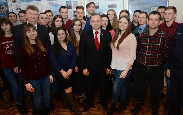 Борис Колесников обсудил со студентами перспективы развития транспортной отрасли