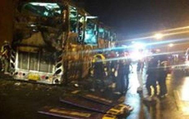 В Таиланде 20 человек погибли в загоревшемся автобусе