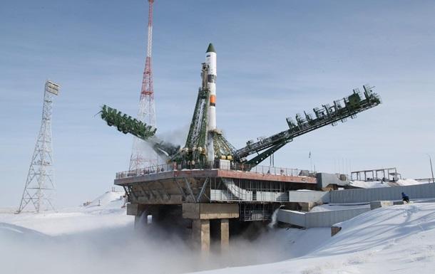 Россия запустила на орбиту военный спутник
