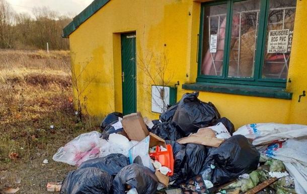 Швейцарцы начали выбрасывать мусор во Франции