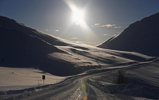 В Швейцарии после схода лавины пропала группа туристов