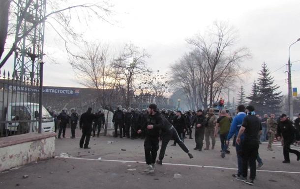 В Мариуполе фанаты подрались с полицией