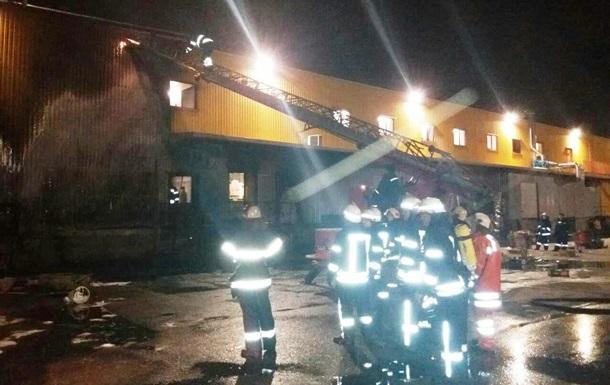 В Запорожье горел супермаркет