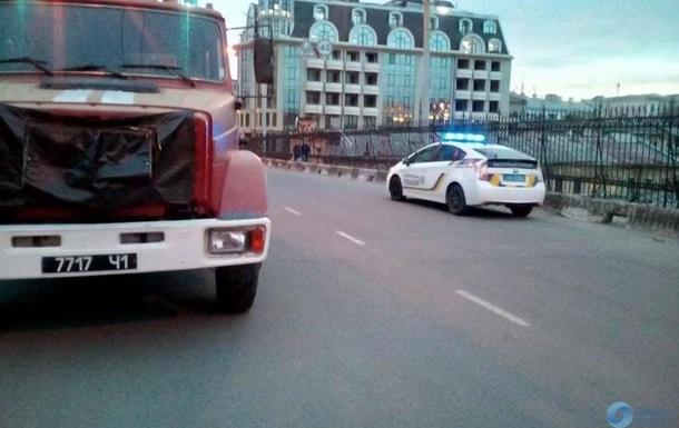 В Одесі громадянин Франції намагався стрибнути з мосту