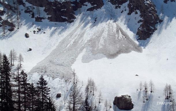 Во Франции сошла лавина, есть погибший