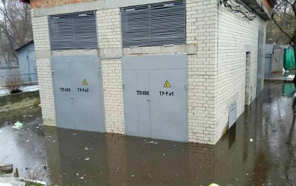 Повінь в Охтирці: без електроенергії 968 жителів