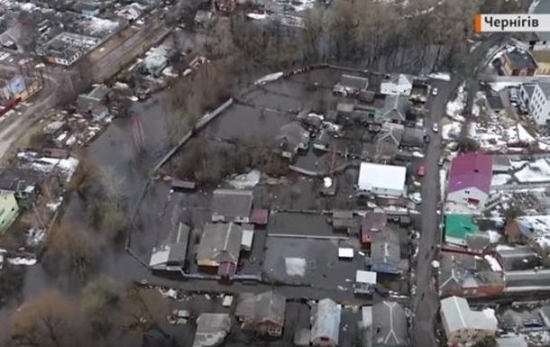 Затоплений Чернігів зняли на відео