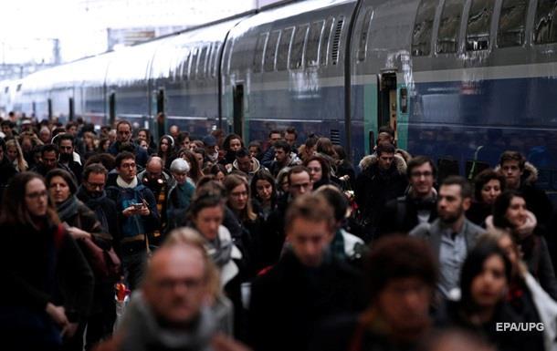 Во Франции начались масштабные протесты железнодорожников