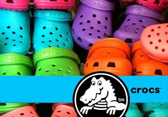 Почему известный бренд обуви Crocs потерял патент на дизайн своей обуви?