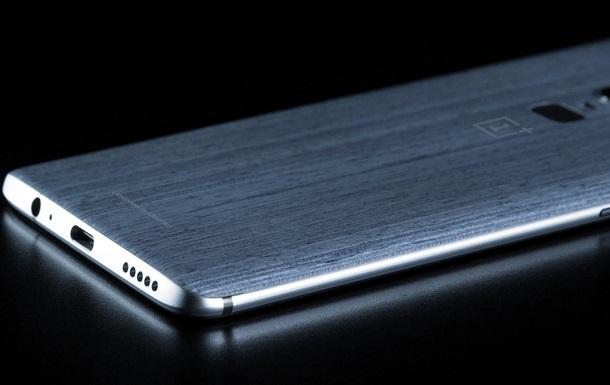 OnePlus 6: в Сети появилось  живое  фото флагмана