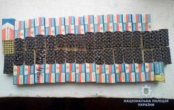 В Житомирской области в школе нашли почти две тысячи патронов