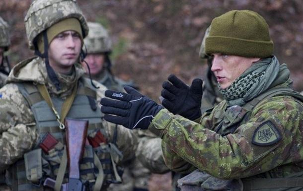 Литва направила в Україну військових інструкторів