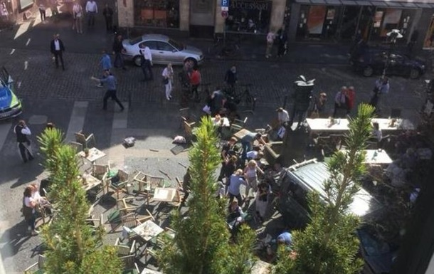 В Германии грузовик въехал в толпу: есть жертвы