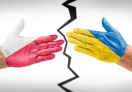 Польско-украинские отношения продолжают обостряться