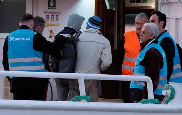 В Греции задержали украинцев, переправлявших мигрантов в ЕС