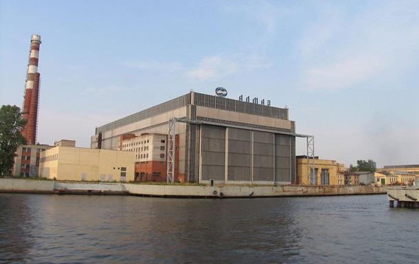 У РФ на суднобудівному заводі стався вибух на кораблі, є жертви