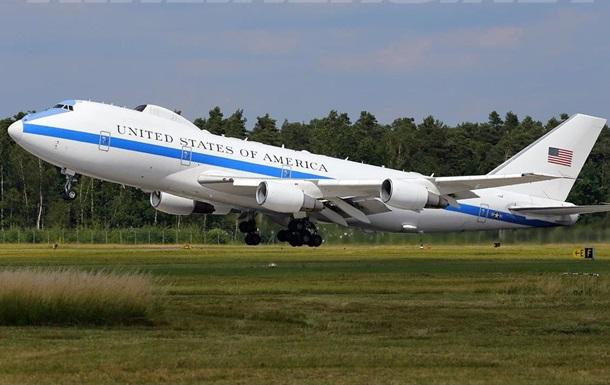 У США підняли в повітря літак  судного дня
