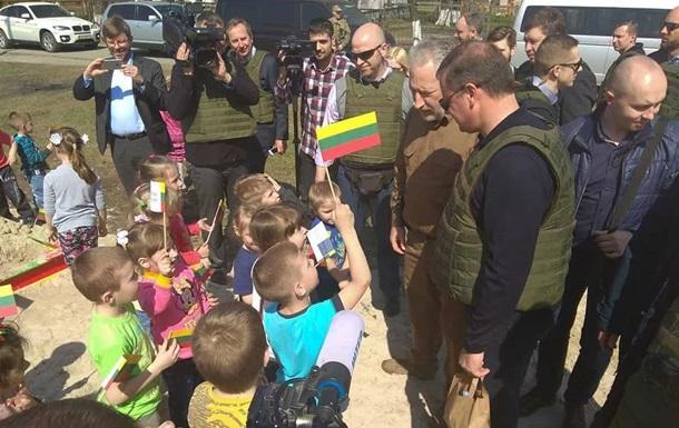 Премьер Литвы посетил Авдеевку