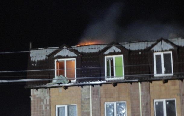 Під Києвом велика пожежа в гуртожитку