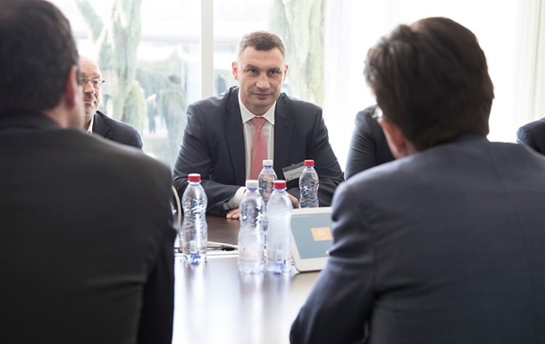 Кличко поведал одесятках аварийных мостов столицы Украины