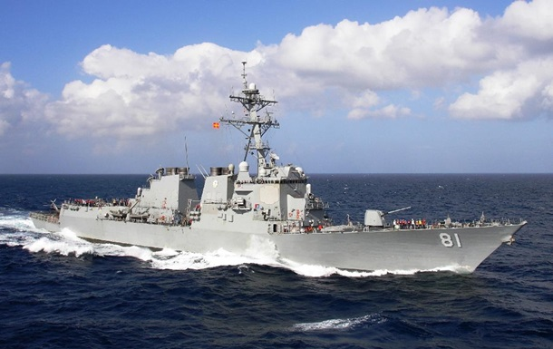 Эсминец США с ракетами Томагавк вошел в Средиземное море