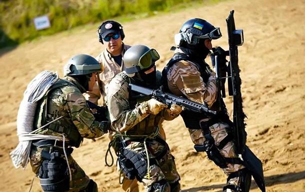 Порошенко похвалил украинских военных