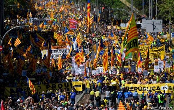 У Барселоні вимагають звільнити ув язнених каталонських політиків