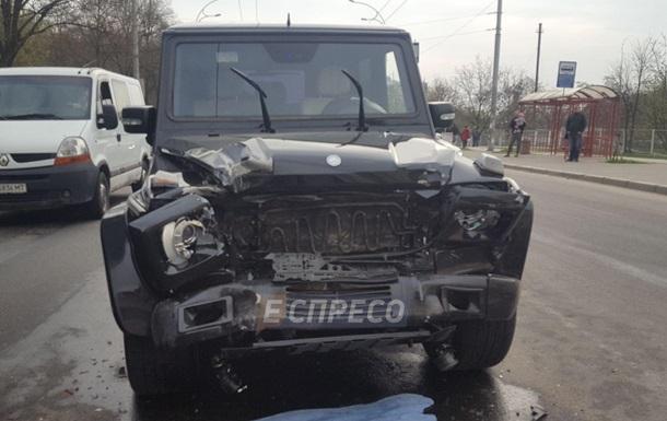 Нетрезвый  автомойщик похитил  иномарку иустроил тройное ДТП— Форсаж вКиеве