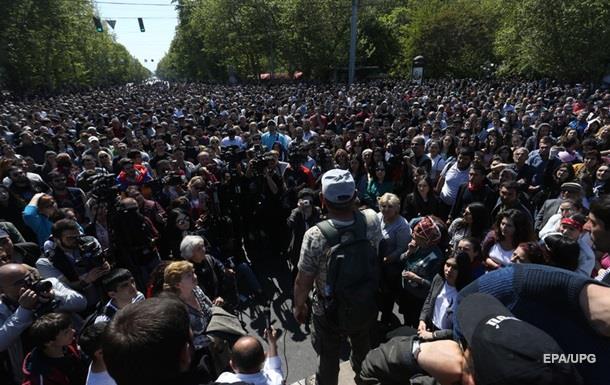 Протесты в Ереване: число задержанных выросло до 80