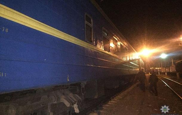 В Одессе 11-летняя девочка получила удар током на крыше поезда