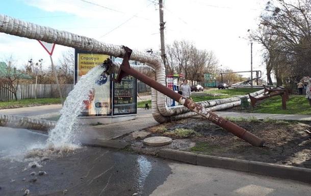 У Харкові завалилася наземна теплотраса
