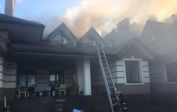 Под Киевом горел ресторанный комплекс