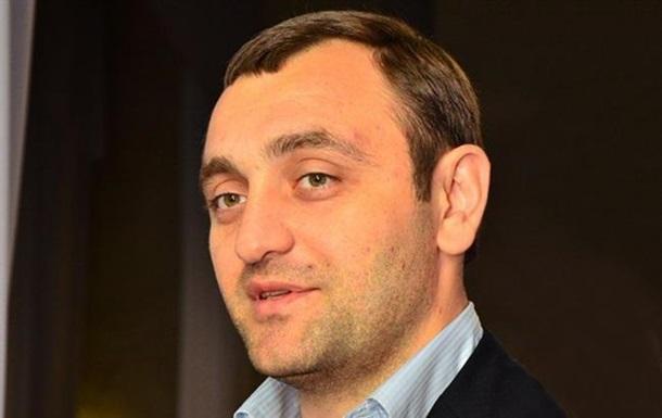 ГПУ просит Францию экстрадировать лидера  титушек