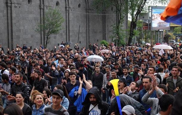 Протесты в Ереване: задержаны 183 человека