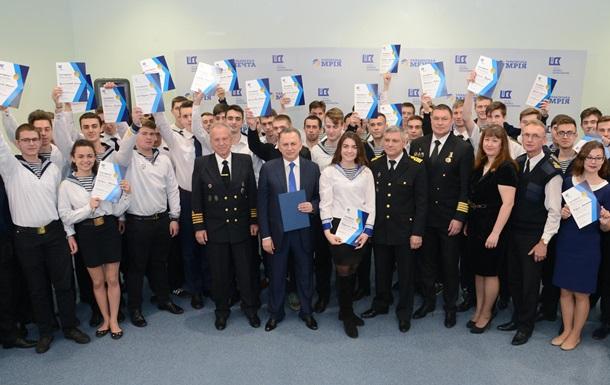 Борис Колесников отправляет молодых моряков Украины на престижную выставку в Грецию