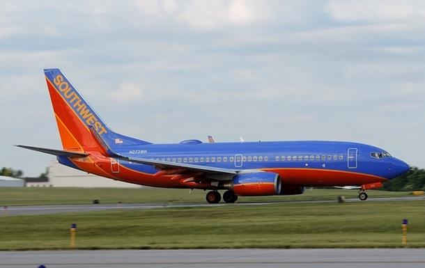 В США и ЕС экстренно проверят двигатели Boeing-737