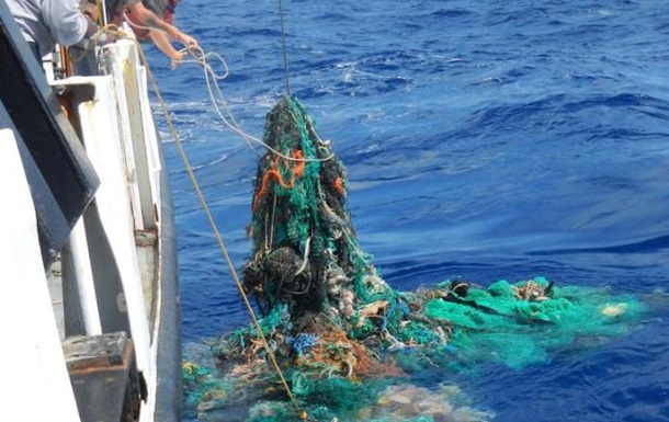 Пляма сміття в Тихому океані утричі перевищила площу Франції