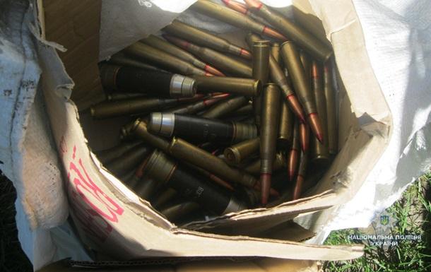В Черкасской области под мостом нашли два кило взрывчатки