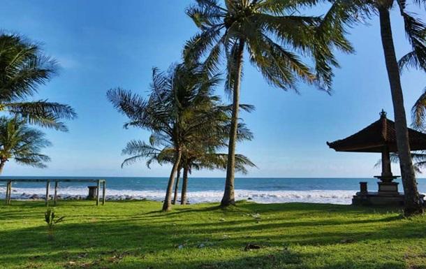 Австралийский школьник улетел на Бали с родительской кредитной картой