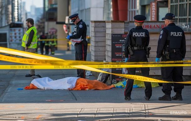 Кількість жертв наїзду на пішоходів у Торонто зросла до десяти