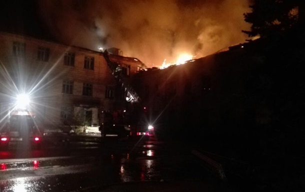 В Донецке на шахте произошел крупный пожар