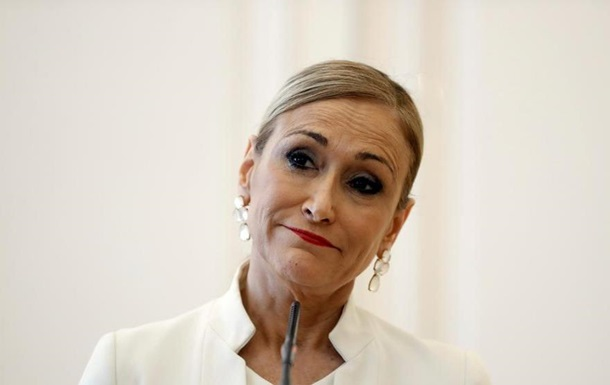 Глава Мадрида уволилась из-за кражи кремов из супермаркета