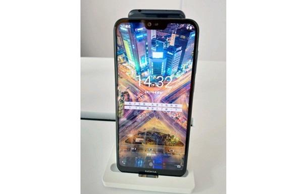Смартфон Nokia X показали на  живых  фото