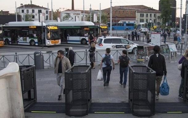 Влада Венеції обмежить кількість туристів у місті