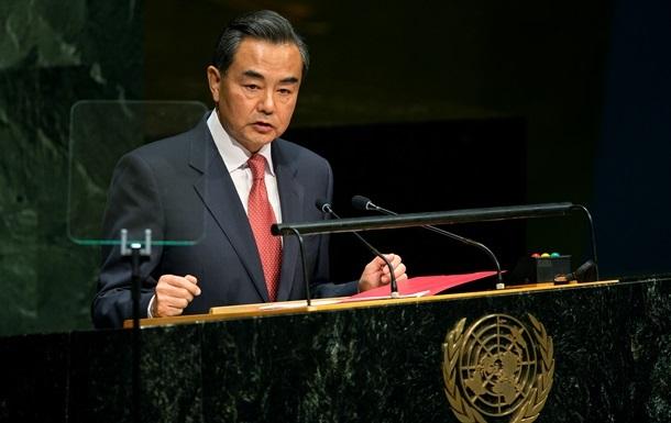 Глава МЗС Китаю їде в КНДР