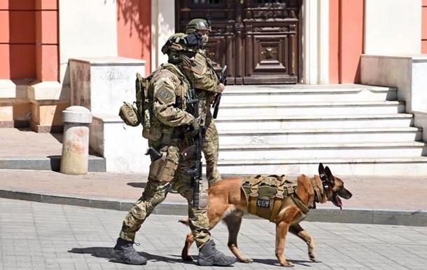 В Одесі вулиці патрулюють гвардійці і СБУ